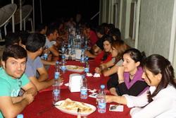 SINIR'DA ÖĞRENCİLERE İFTAR YEMEĞİ