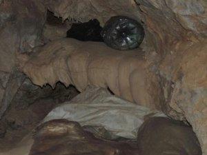Mağara'da cephanelik ele geçirildi!