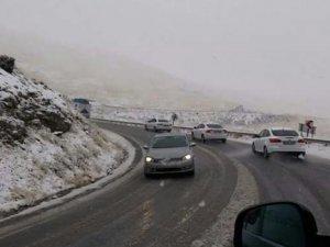 Bazı bölgelerde kar yağışı başladı!