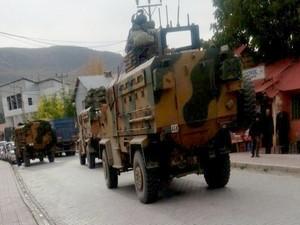 Çukurca sınırına takviye birlikler gönderildi
