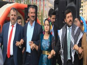 Başkan Hazinedar çocuk festivaline katıldı