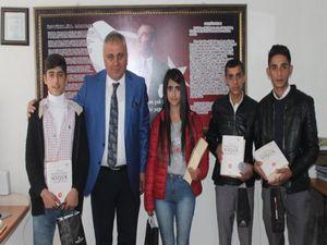 Kitap okuma yarışmasının ödülleri dağıtıldı!