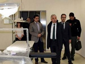 Vali Toprak Şemdinli devlet hastanesini ziyaret etti
