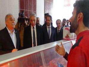Bakan Fakıbaba Hakkari'deki et fiyatlarını sordu!