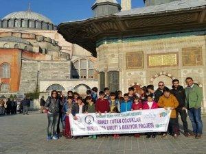 Hakkarili çocuklar İstanbul'da tenis müsabakalarını izledi