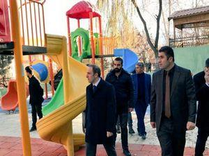 Valilik parkındaki eski çocuk parkı yenilendi