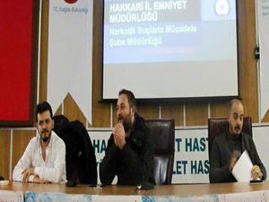 Hakkari'de Narkorehber uygulama semineri verildi