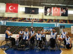 Sümbül engellilerden maça davet