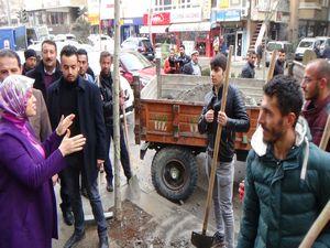 AK Parti Milletvekili Köseoğlu esnafı ziyaret etti