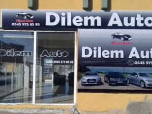 Auto araç alım satım işletmesi Van'da hizmete açıldı