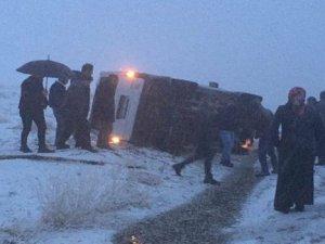 Kar yağışı kazaları beraberinde getirdi