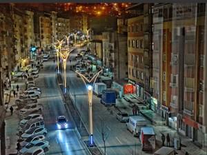 Hakkari'de iki cadde daha renklendirildi