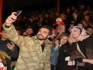 Askerler ve vatandaşlar gönüllerince eğlendi!
