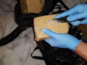 Bir evde 3 kilo 60 gram eroin ele geçirildi