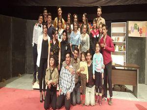 Onuncu Köy Tiyatro Topluluğu'dan Vali Toprak'a teşekkür!
