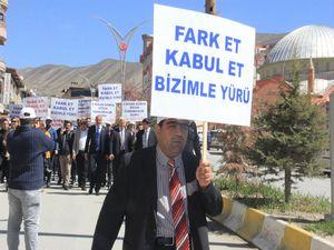 """""""2 Nisan Otizm Farkındalık"""" yürüyüşü düzenlendi"""