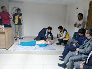 Hakkari MEM ilk yardım eğitim kursları başladı