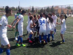 Hakkari kadın takımı 1.Ligde