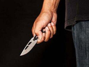 Eşini 17 yerinden bıçakladı!