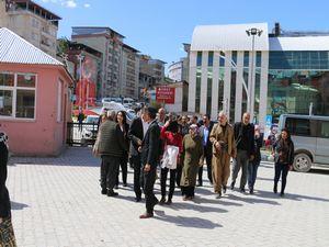 HDP heyeti ziyaretlerde bulundu