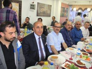 Rafting 2. Başkanı Yardımcı Hakkari'de iftar yemeğine katıldı