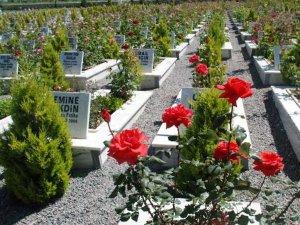 25 bin kayıtsız mezar var...
