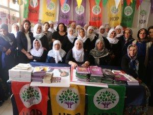 Barış Anneleri İnisiyatifi Yüksekova'da
