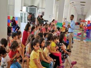 Çocuk oyun merkezi kuran kursu öğrencilerini konuk etti