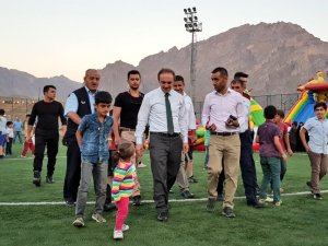 Başkan Epcim, şişme oyun parkını ziyaret etti
