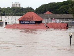 Şiddetli yağışlar can aldı: 27 ölü!