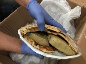 Çörek arası eroin sevkıyatı polisten kaçmadı