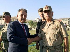 Vali Toprak, rütbe terfi törenine katıldı