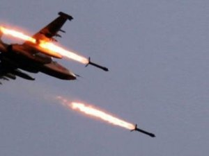 Savaş uçakları İdlib'i vurdu!