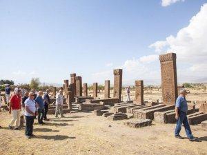 10 bin kişi Ahlat ilçesini ziyaret etti