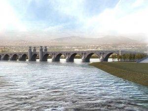 11 gözlü taş köprü için ilk adım atıldı