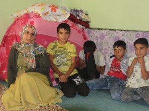 Evleri çöken 6 nüfuslu Engin ailesi yardım bekliyor
