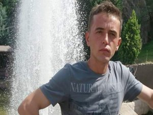Şehit Güngör'ün baba evine Türk bayrakları asıldı