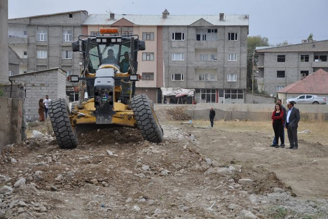 Yüksekova yeni mahallede bir yol açıldı