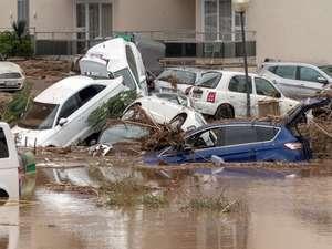 Sel Felaketi 8 Ölü...
