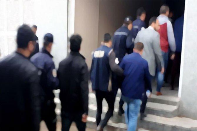 Van merkezli FETÖ operasyonu: 9 gözaltı
