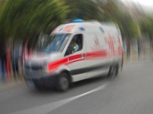 Vali Epcim, hasta kadını makam aracı ile hastaye götürdü