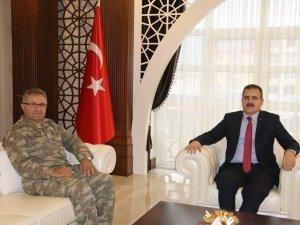 Tokel Paşa'dan Vali Akbıyık'a ziyaret