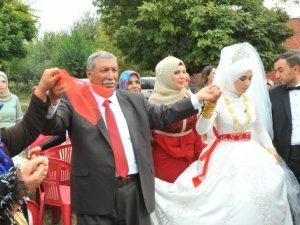 Aşiret lideri 24'üncü çocuğunu evlendirdi