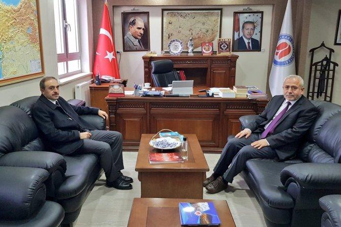 Başkan Epcim'den Rektör Pakiş'e ziyaret