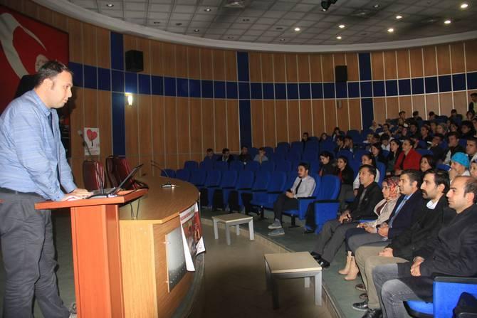 Hakkari'de organ bağış konferansı düzenlendi