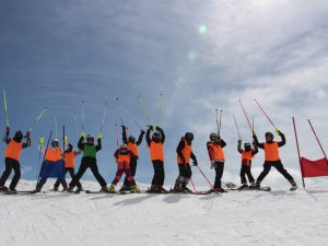 Hakkâri'de kayak sezonu açılıyor