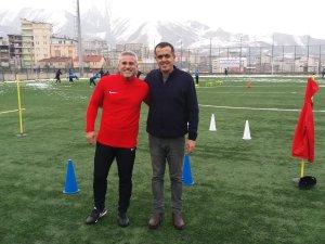 Eski gol kralı Mustafa Kocabey Hakkari de