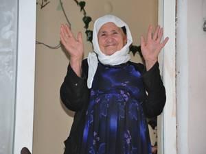 Hakkarili 115 yaşındaki ninenin hac özlemi...