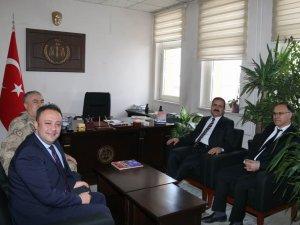 Vali Akbıyık, ağır ceza mahkemesi başkanlarını ziyaret etti