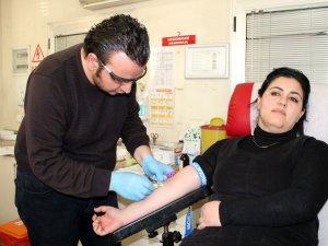 Lösemi hastaları için kök hücre bağışı kampanyası
